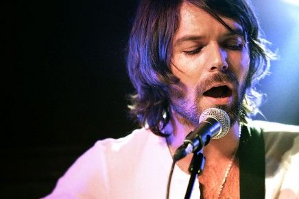 Simon Neil (Biffy Clyro): Scotland May As Well Give Independence A Shot